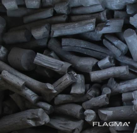 Уголь древесный из твердых сортов дерева
